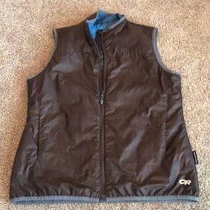 Outdoor research brown primaloft vest, large.